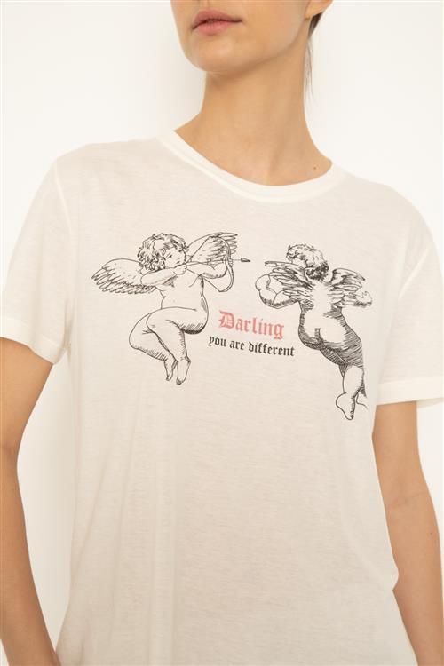 Remera Darling